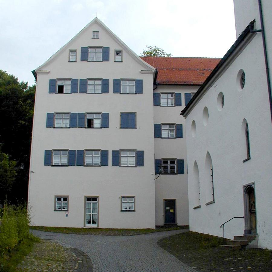 Der Nordtrakt des Klostergebäudes (Altstadtseite)