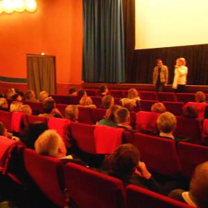 "Regisseur Leo Hiemer zeigt im Leutkircher Kino seinen Film ""Leni ... muss fort"""