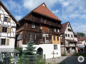 Das Gotische Haus von der Rückseite aus betrachtet